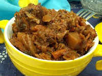 Капуста, тушеная с мясом и картошкой - простой и вкусный рецепт