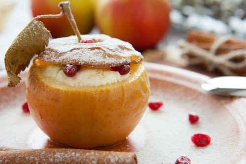яблоки запеченные с медом в духовке