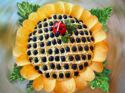 салат подсолнух классический рецепт с чипсами