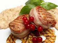 Медальоны из свинины - 9 лучших рецептов сочной вырезки