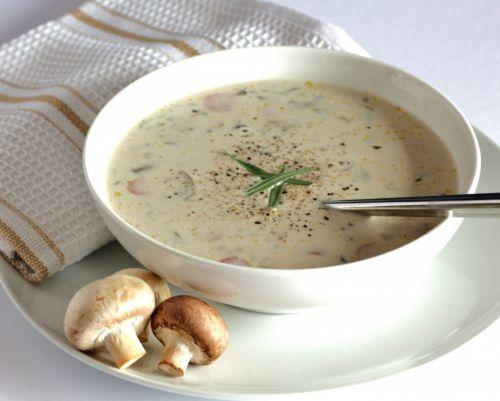 суп из шампиньонов с сыром