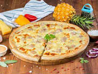 Гавайская пицца с курицей и ананасами - домашние рецепты