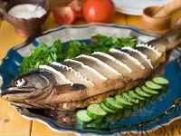 Горбуша целиком, запеченная в духовке - рецепты