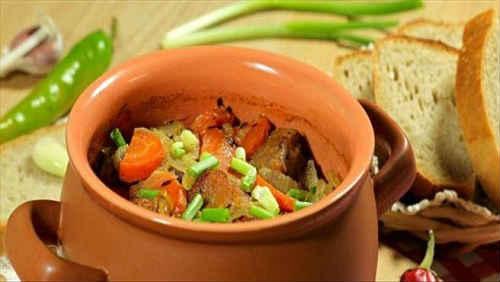 рецепт мяса в горшочке