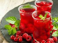 компот на зиму из красной смородины и малины