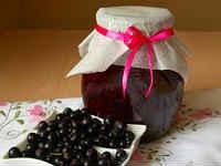 Черная смородина, протертая с сахаром на зиму - рецепты с варкой и без нее