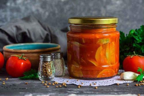 кабачки в томатном соусе