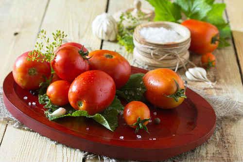 помидоры рецепты с луком и маслом