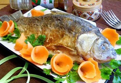 рыба жаренная целиком