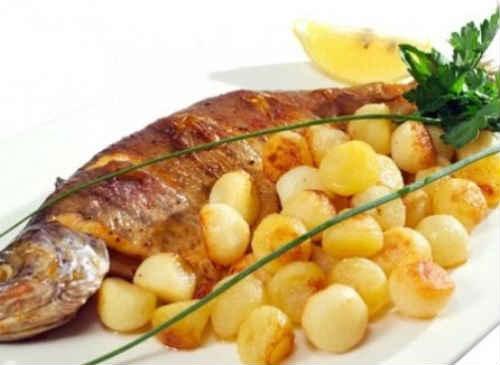 толстолобик с картошкой в духовке