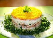 Салат Мимоза со скумбрией - рецепты по новому из копченой рыбы