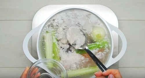 Куриный суп с домашней лапшой - рецепт пошаговый с фото
