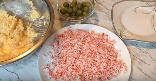 Сырные шарики с крабовыми палочками - рецепт пошаговый с фото