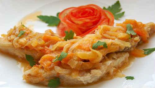 минтай рецепт с морковью и луком