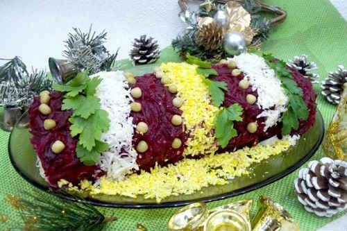 салат хлопушка с селедкой