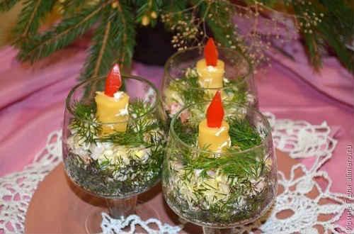 салат новогодние свечи