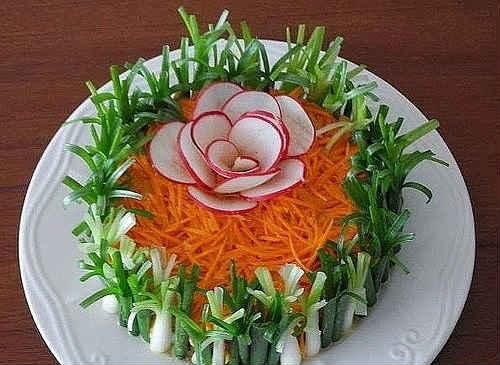 салат на 8 Марта