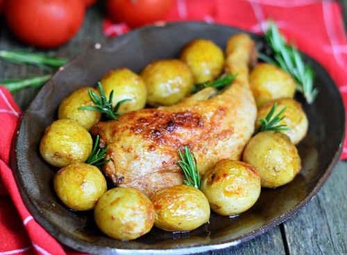 куриные окорочка с картошкой
