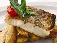 Судак, запеченный в духовке с картошкой - рецепты целиком, кусочками, филе