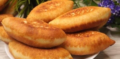 жареные пирожки с картошкой на дрожжевом тесте