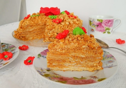 торт медовик со сгущенкой