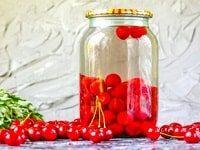 компот из вишни с косточками на зиму рецепты