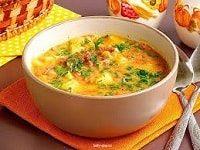 суп с копченой колбасой и сыром