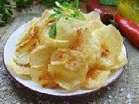 chipsy-iz-kartoshki-retsept-v-mikrovolnovke