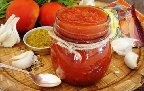 домашняя аджика из помидоров без варки