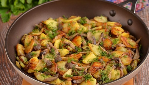 картошка жареная с белыми грибами рецепт
