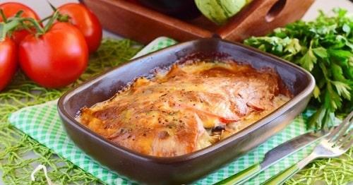 филе курицы с картошкой в духовке-min