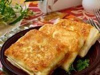 как сделать конвертики из лаваша с сыром-min