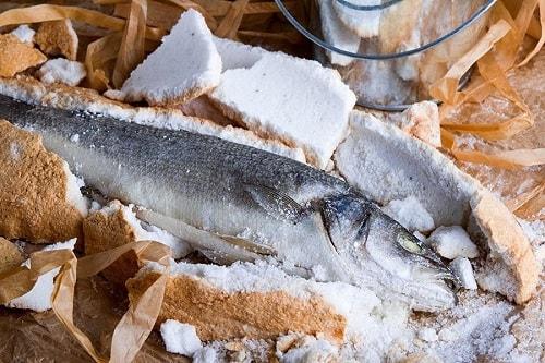 сибас в соли рецепт-min