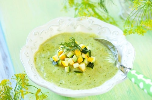 суп-пюре из брокколи со цветной капустой