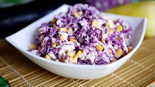 Салат из красной капусты с огурцом
