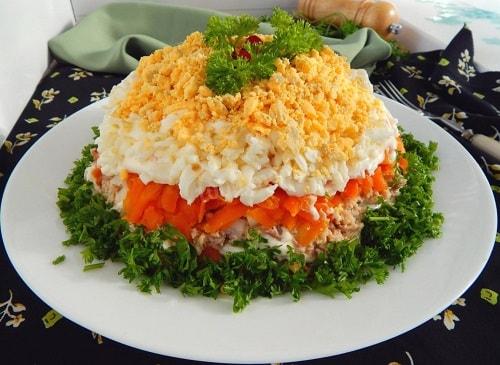 рецепт салата из консервов горбуши
