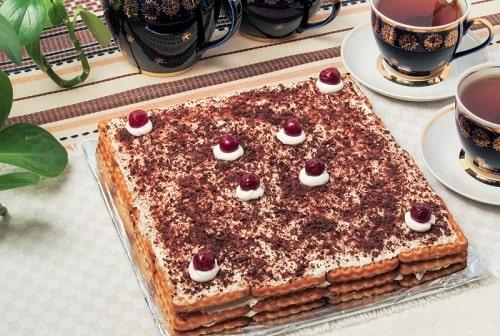 Торт без выпечки из печенья и творога рецепт