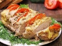 гармошка из свинины с сыром и помидорами
