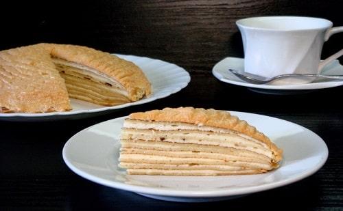 блинный торт со сметанным кремом и сгущенкой