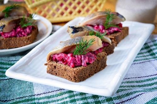 бутерброд с селедкой рецепты