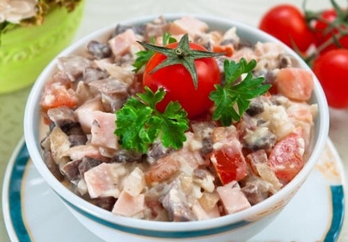 салат с ветчиной и грибами маринованными рецепт