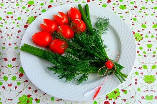 салат тюльпаны