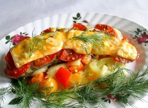 судак с овощами в духовке