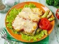 судак, запеченный с овощами в духовке